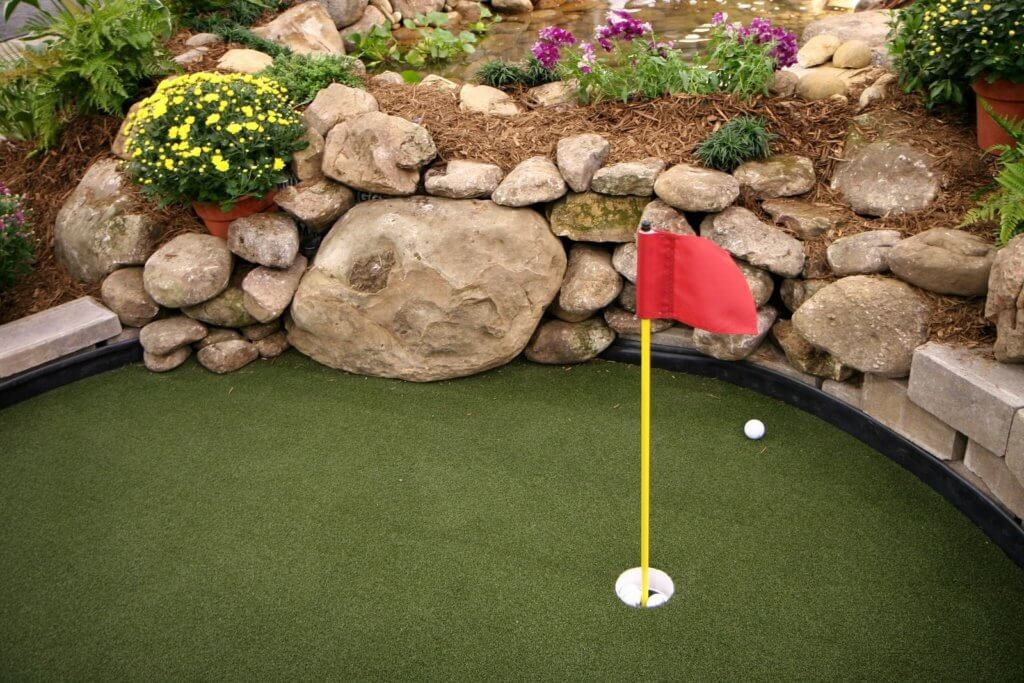 pebble putting greens